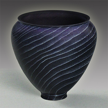 Hackberry vase dyed blue-purple
